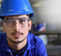 Senai no Paraná facilita contratação de jovens aprendizes para indústrias